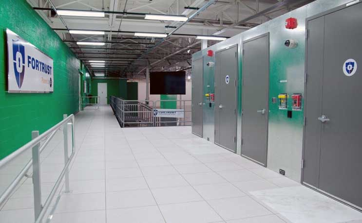 Top 10 Points to Discuss When Touring a Data Center