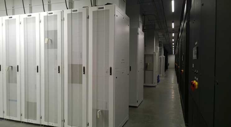 Inside a DuPoint Fabros data center