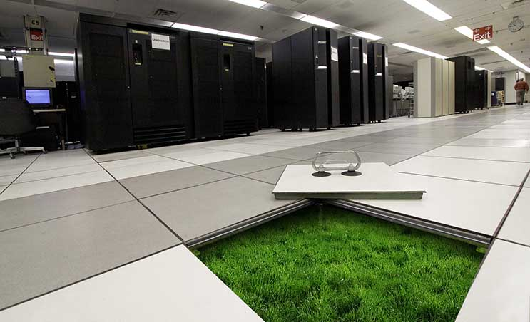 How Data Centers are Greening the Tech You Use Every Day