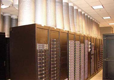 The racktop chimney containment system in Oracle's Austin data center, circa 2004. (Photo: Oracle)