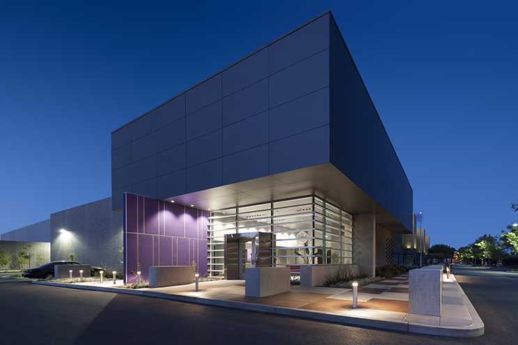 The exterior of RagingWire's CA3 data center in Sacramento, Calif. (Photo: RagingWire Data Centers)