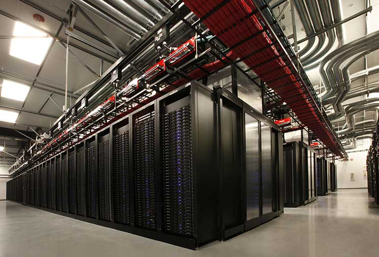 High-density server workloads inside a data hall on the Vantage Data Centers campus in Santa Clara, Calif. (Photo: Vantage Data Centers)