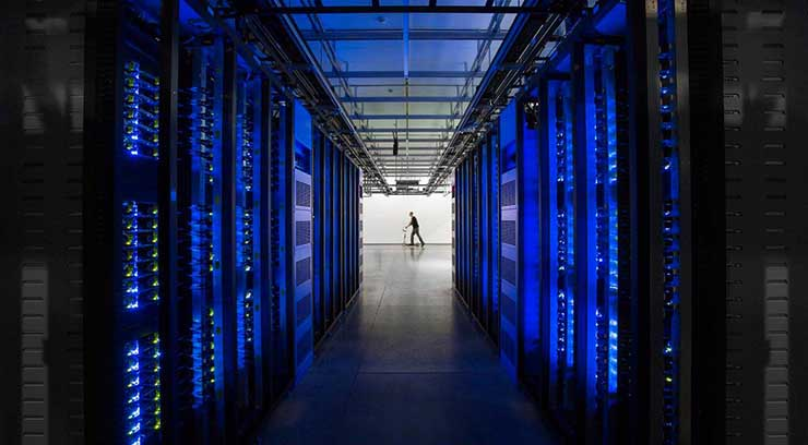 Facebook Express Network Speeds Traffic Between Data Centers