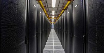 Rows of server cabinets inside the Equinix SY4 data center. (Photo: Equinix)