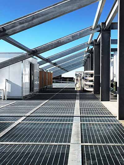 Infrastructure on the roof of the 550,000 square foot Aligned data center in Phoenix. (Photo: Aligned Energy)