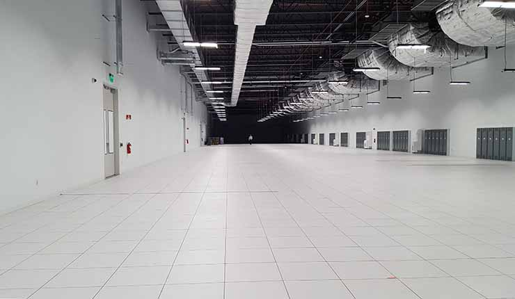 A look at the length of the 5 megawatt, 34,000 square foot data hall inside RagingWire's TX1 data center in Garland, Texas. (Photo: Rich Miller)