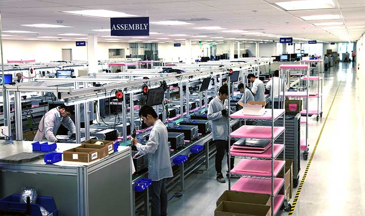 Each assembly line at Supermicro can adapt to different form factors and chassis for servers and storage. (Image: Supermicro)