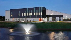 This fountain and building at Equinix DC12 reflects the data center industry's efforts to present a less industrial facade in Ashburn. (Photo: Equinix)