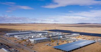 An aerial view of the Facebook Las Lunas data center in New Mexico. Facebook built a dedicated fiber cable route to support the facility. (Photo: Facebook)
