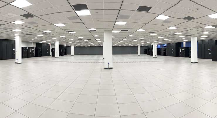 Infrastructure Tower Optimizes Space at CoreSite's New Virginia Campus