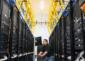 Inside the rows of server cabinets at the QTS Data Center in Irving, Texas, which was the focus of an award-winning green energy project. (Photo: QTS Data Centers)