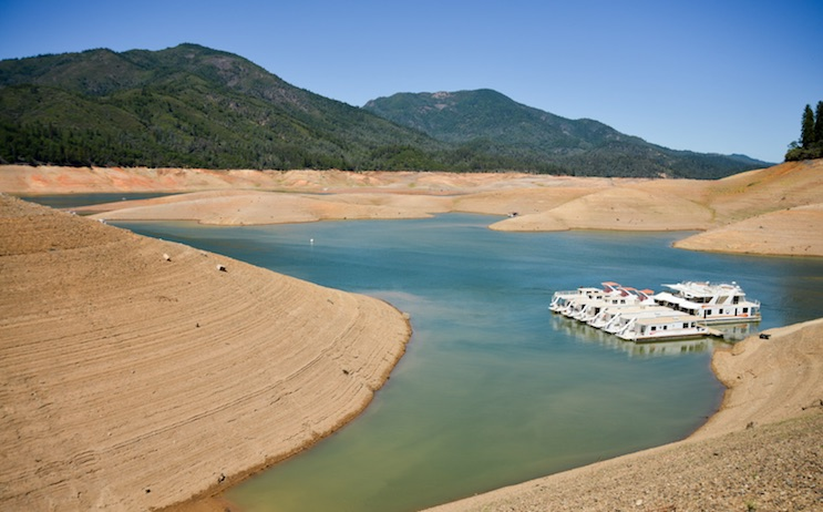 Tackling Data Center Water Usage Challenges Amid Historic Droughts, Wildfires