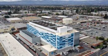 The NTT Global Data Centers Americas SV1 facility in Santa Clara, Calif. (Image: NTT)