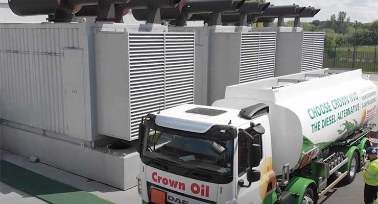 Crown Oil delivers HVO fuel, a diesel alternative, to generators at the Kao Data Center facility in Harlow, England. (Image: Kao Data)