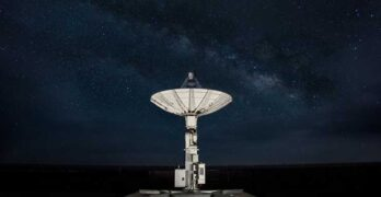 An AWS Ground Station antenna collects data from satellites. (Image: Amazon)